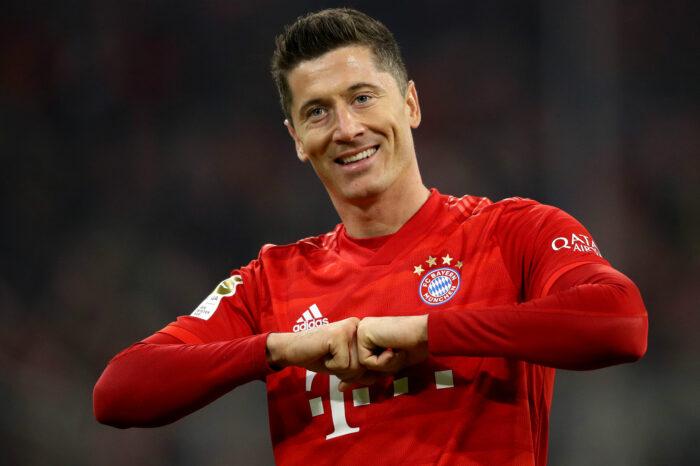 """My best is still to come."" - Bundesliga 2019/20 Player of the Season, Robert Lewandowski."