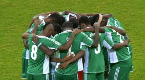 Nigerian Journalist thinks the Nigerian national team wastes too much time praying