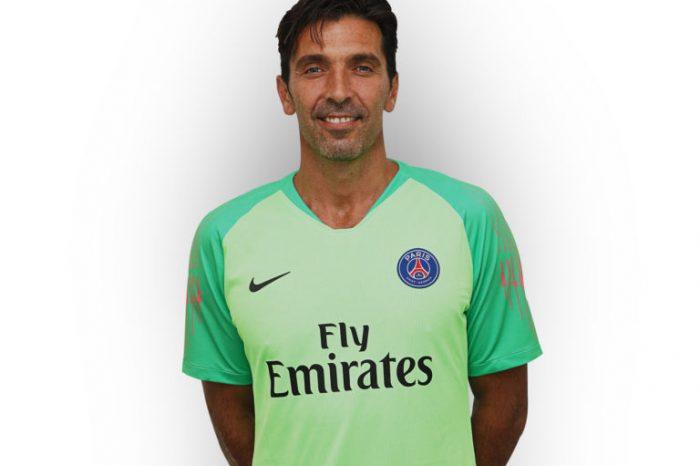 Buffon completes Paris Saint- Germain move