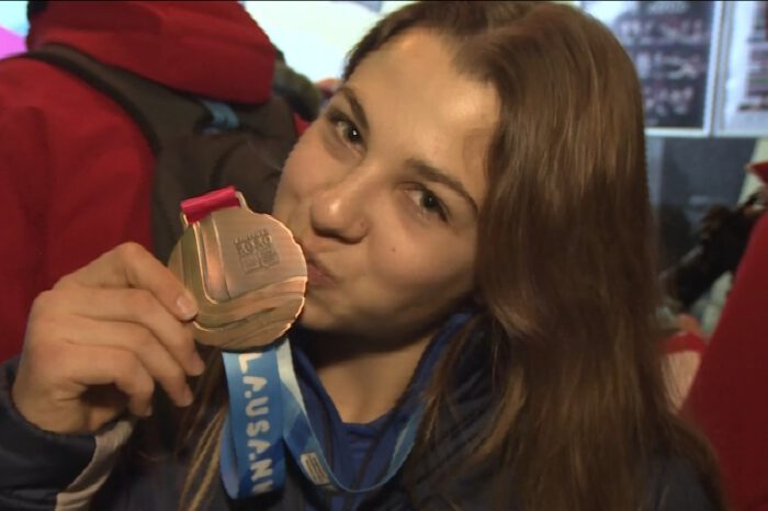 16-year-old Noa Szollos wins Israel's first ever medal at a Winter Olympic Games with bronze in the Super Giant Slalom at Lausanne 2020