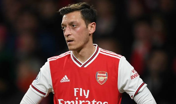 I'll drive Ozil to the airport just to get rid of him from Arsenal - Piers Morgan