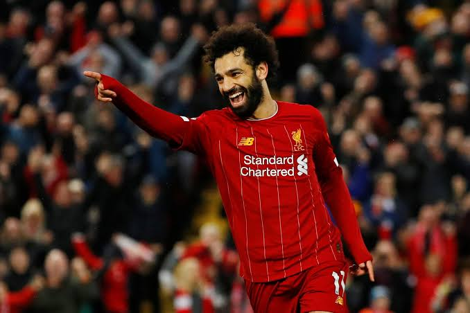 Bayern Munich CEO likens Salah to Messi in achievements