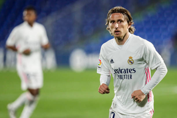Perez confirms Modric has signed a new contract with Real Madrid